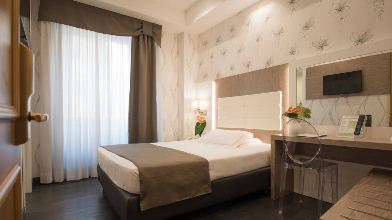 hotel-diana-rome-single-room
