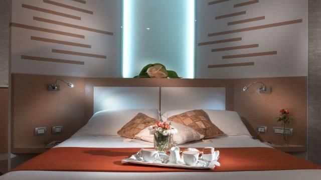 Room-1-Hotel-Diana-2B