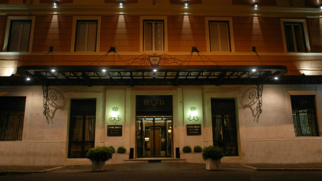 hotel-diana-roma-entrada-1