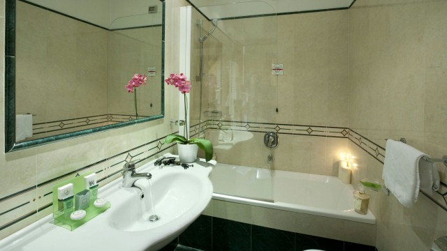 hotel-diana-rome-rooms-11