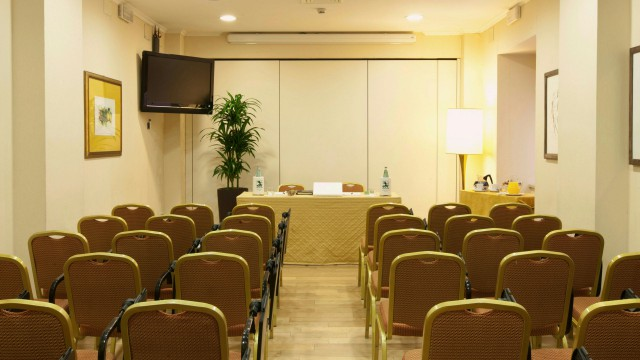 hotel-diana-rome-meeting-5