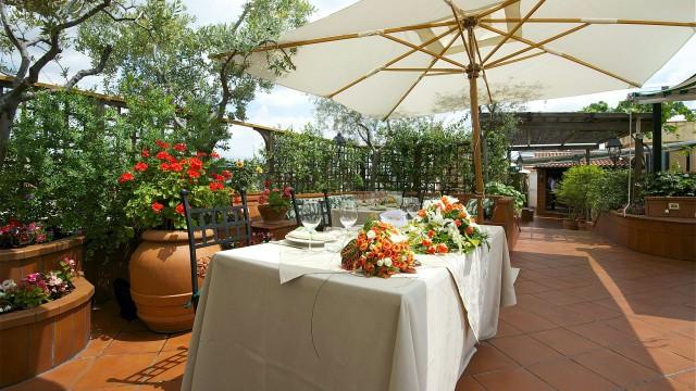 hotel-diana-roma-roof-garden-1