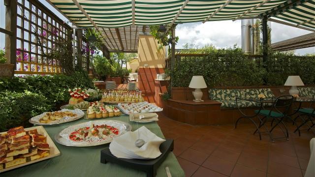 hotel-diana-roma-roof-garden-6