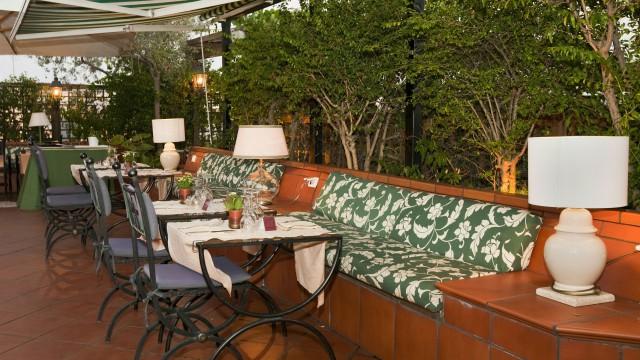 hotel-diana-roma-roof-garden-4