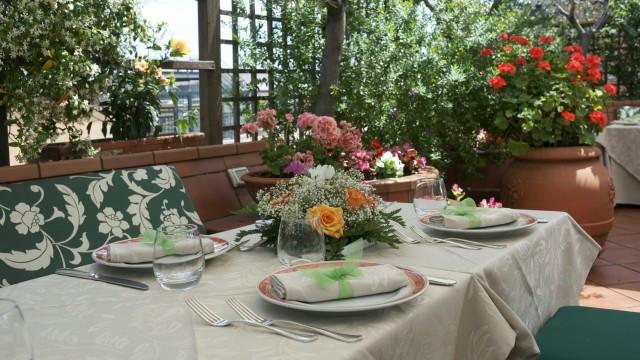 hotel-diana-roma-roof-garden-15
