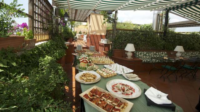 hotel-diana-roma-roof-garden-17