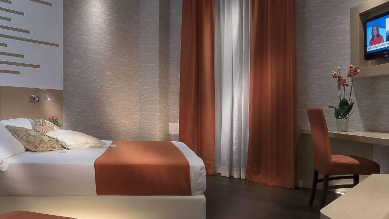 Room-1-Hotel-Diana